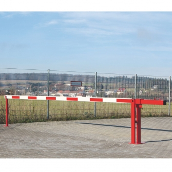 Counterweight Traffic Barriers With Fixed Post